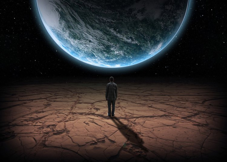 man_alone_on_planet_by_dkelly1957-d7mwio4